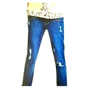 Cabi distresses slim boyfriend jeans